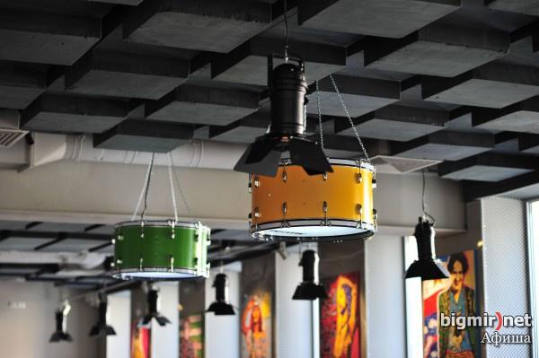 14 - podwieszane panele dźwiękochłonne